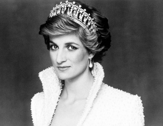 Diana: Her Fashion Story